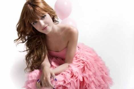 bella_thorne_2012_facebook.jpg